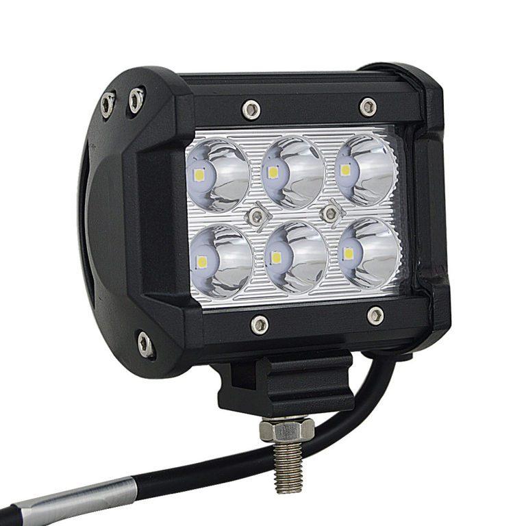 LED reflektor 18W hranatý